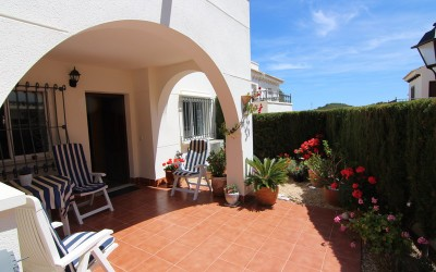 Annual rental in a very quiet area with sunny garden