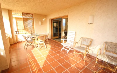 Nice apartment for sale in Altea with open views.
