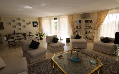 Spacious and sunny apartment with sea and mountains views in Altea Costa Blanca.
