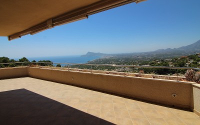 Spacious apartment with panoramic views in Altea Costa Blanca
